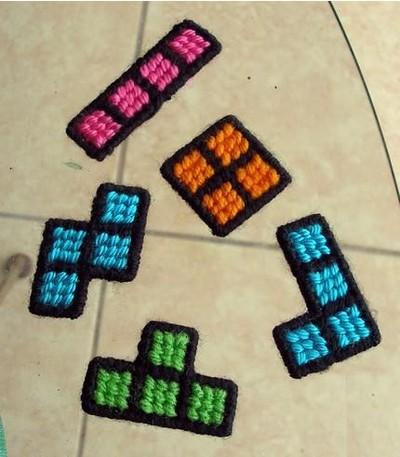 16 imanes tetris de ganchillo