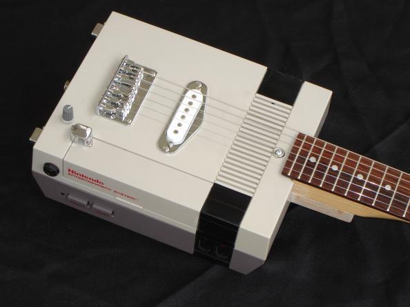 Guitarra NES 5