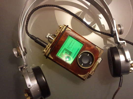 steampunk-ipod-1