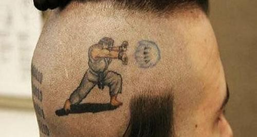 15 tatuaje street fighter cabeza