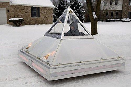 Auto Eléctrico de Pirámide