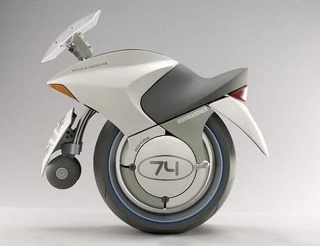 Concepto de Motocicleta de Una Rueda Embrio