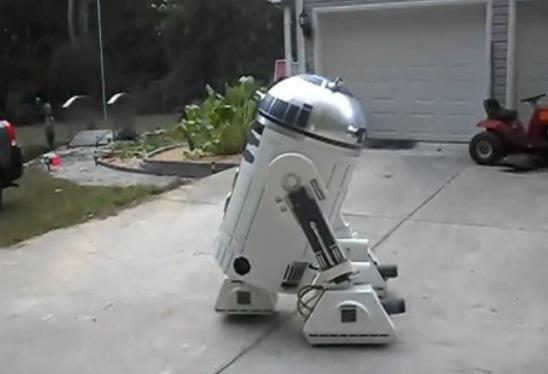 R2D2 Bizarro 1