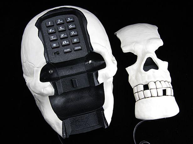 Teléfono Calavera 1