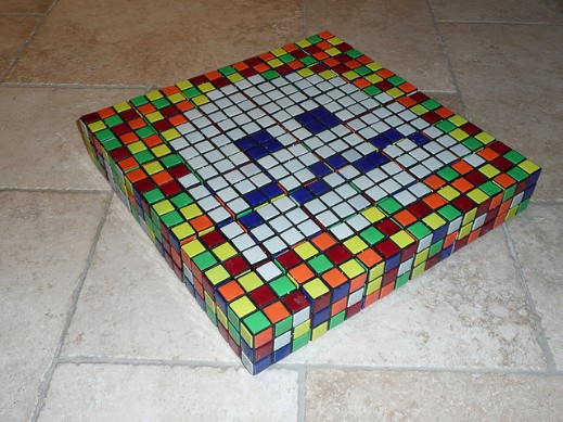 Mosaico de Cubo Rubik de Space Invaders 2