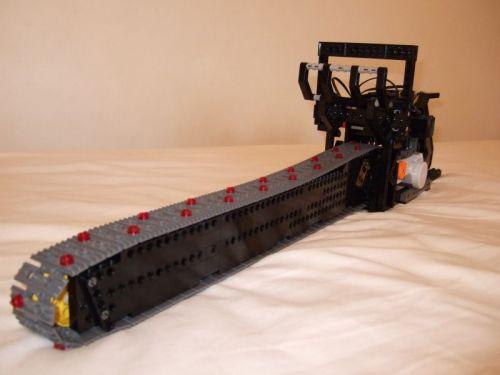 Motosierra Lego