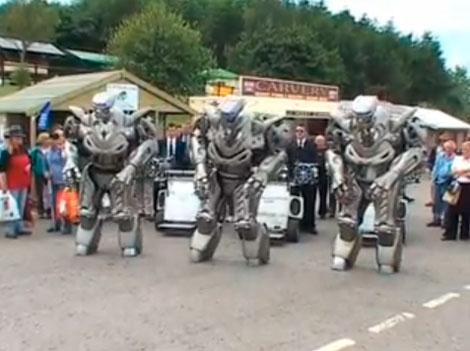 Robots que cantan y bailan 13